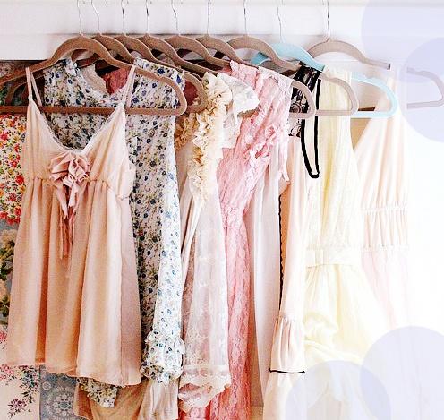 beautiful-closet-clothes-coral-Favim.com-683888